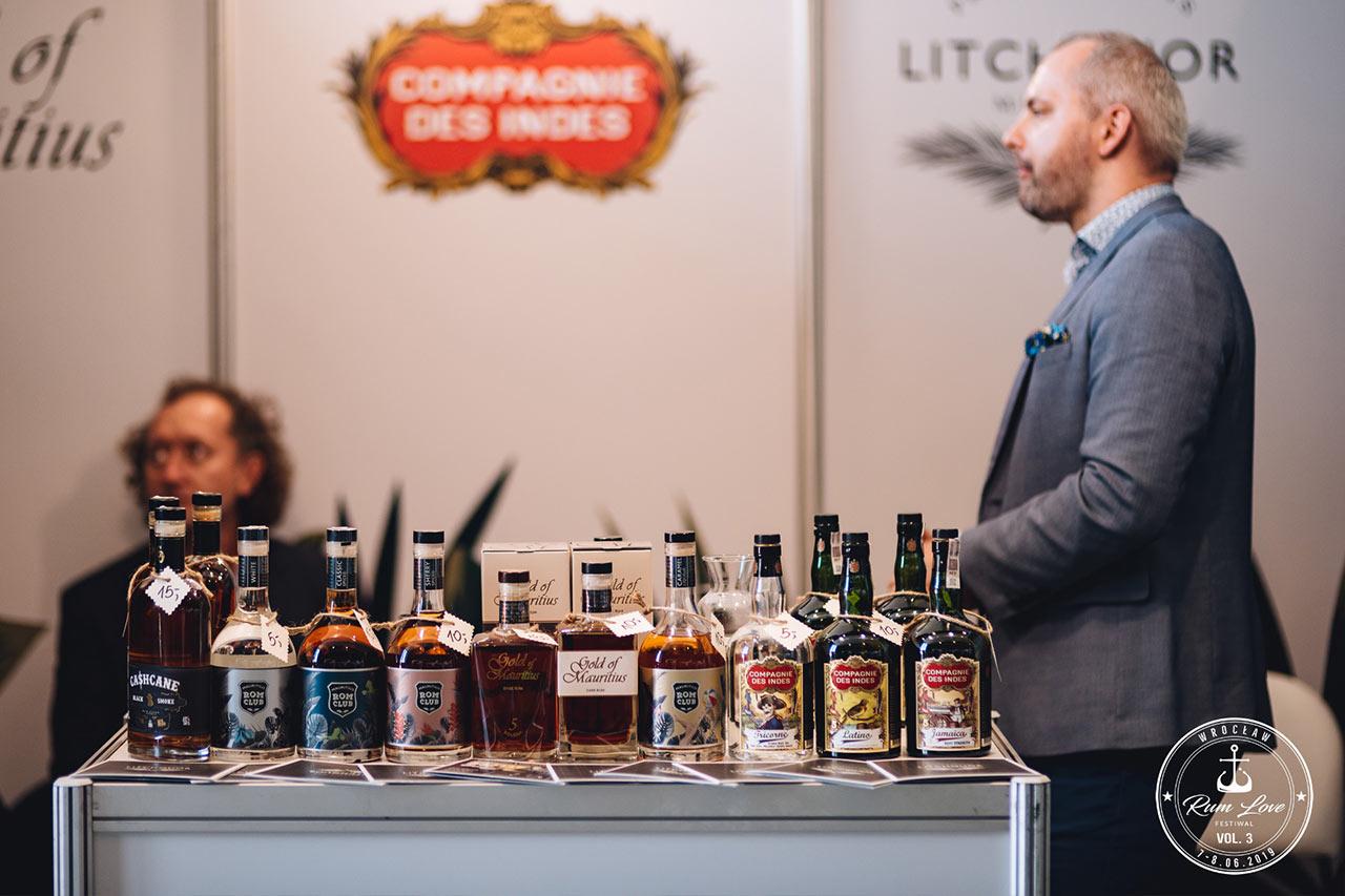 Gold of Mauritius butelki na Rum Love Festiwal