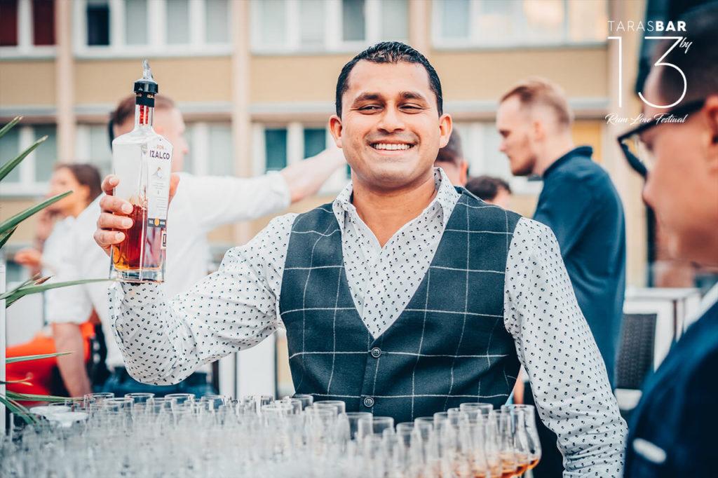 Karthik Sudhir - właściciel marki Izalco
